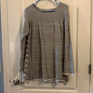 Knox Rose grey sweater